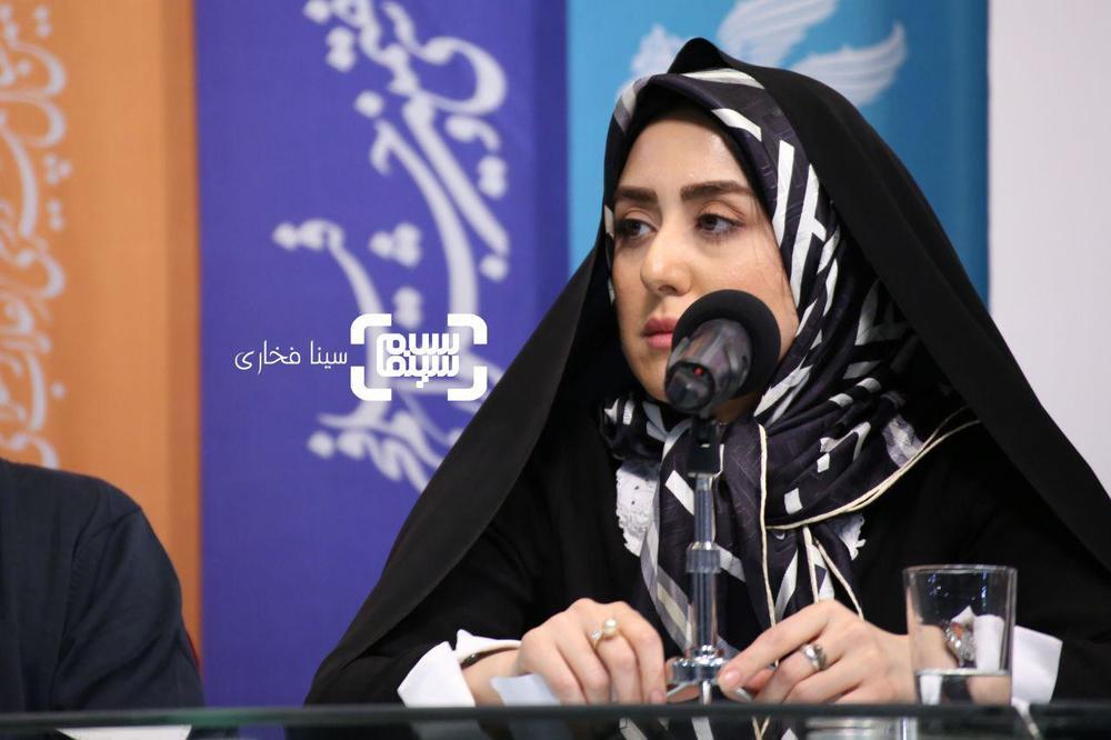 زینب تقوایی در نشست خبری فیلم «سمفونی نهم» در جشنواره فجر 37