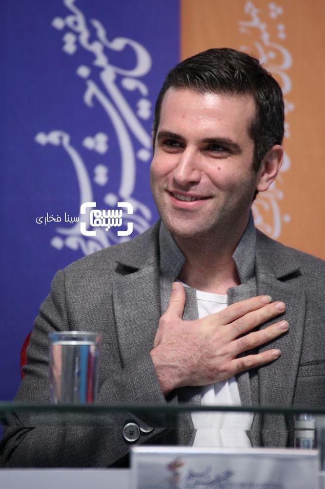 هوتن شکیبا در نشست خبری فیلم «شبی که ماه کامل شد» در جشنواره فجر 37