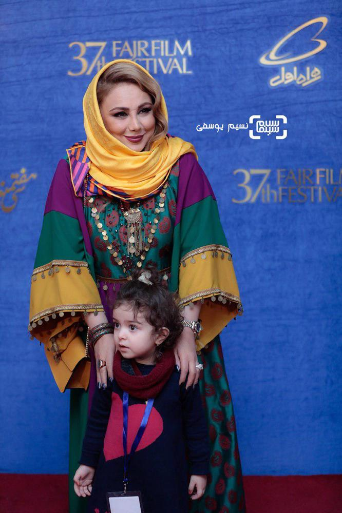 بهنوش بختیاری، گندم، دختر آزاده نامداری در اکران فیلم «شبی که ماه کامل شد» در جشنواره فیلم فجر 37