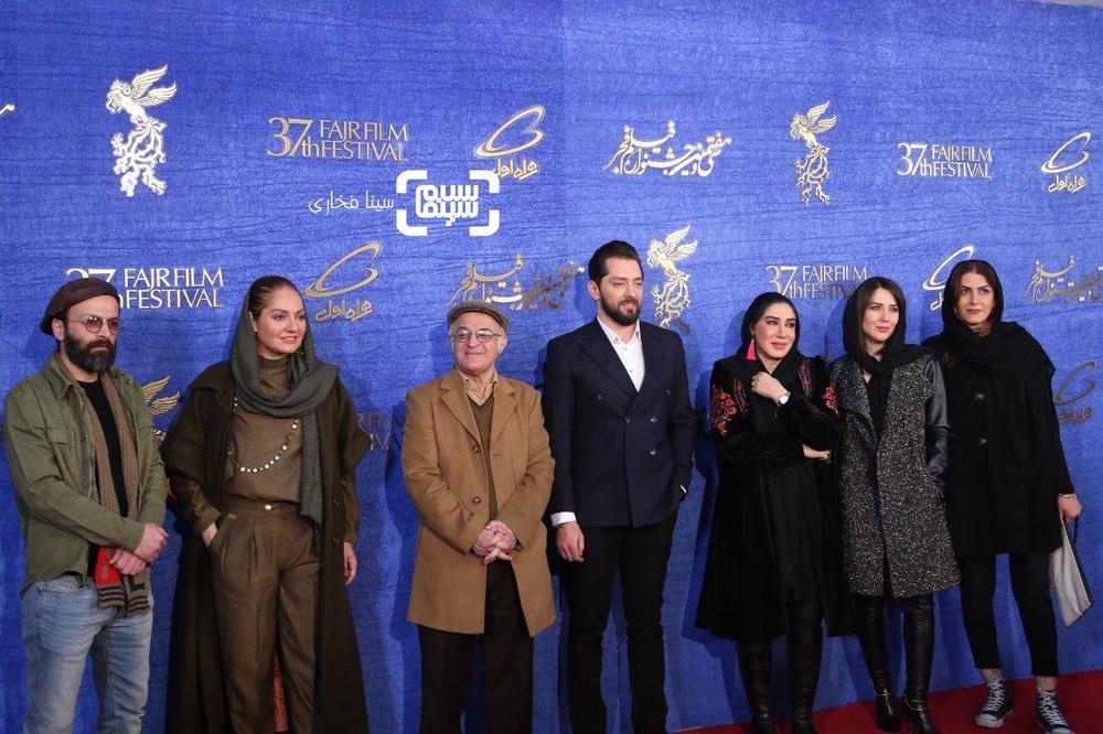 فرش قرمز فیلم «آشفته گی» در جشنواره فیلم فجر 37