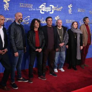 فرش قرمز فیلم «حمال طلا» در جشنواره فیلم فجر 37