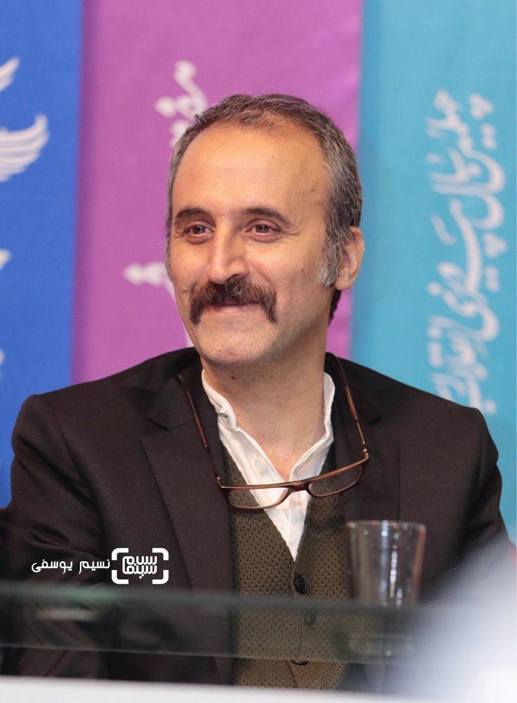محمد عسگری در نشست خبری فیلم «ماجرای نیمروز: رد خون» در جشنواره فجر 37