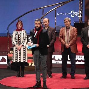 محمد کارت برنده سیمرغ بلورین بهترین فیلم کوتاه برای «بچه خور» در جشنواره فیلم فجر 37