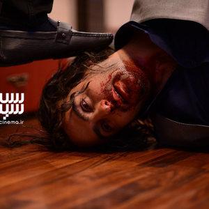 حامد کمیلی در قسمت اول سریال «رقص روی شیشه»