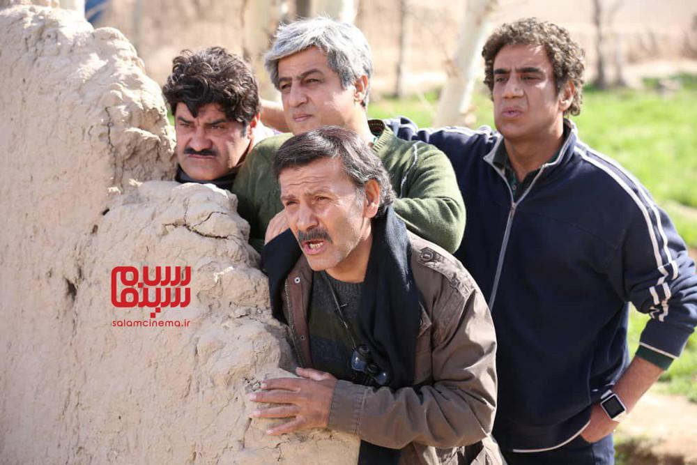 افشین سنگ چاپ، رامین راستاد، نصرالله رادش و بهراد خرازی در سریال «دنیای گمشده»