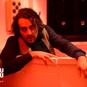 حامد کمیلی در قسمت دوم سریال «رقص روی شیشه»