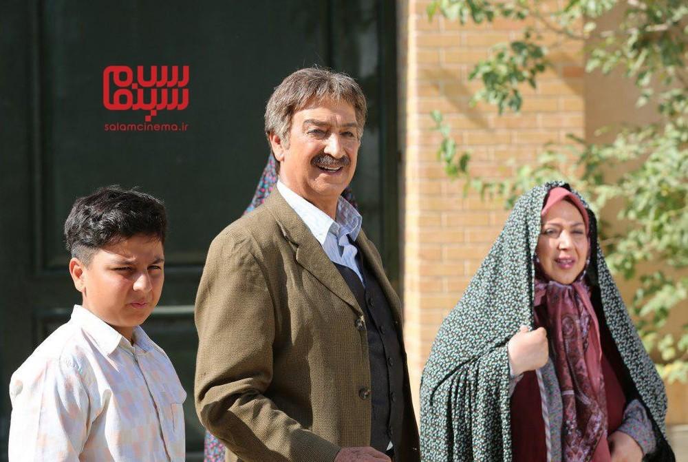 محمود پاک نیت، شهره لرستانی و محمدرضا شیرخانلو در سریال «حکایت های کمال»
