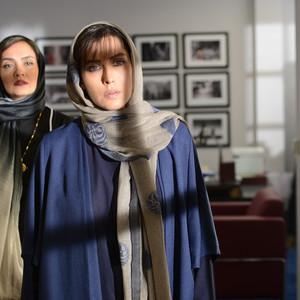 مهتاب کرامتی و میترا حجار در قسمت سوم سریال «رقص روی شیشه»