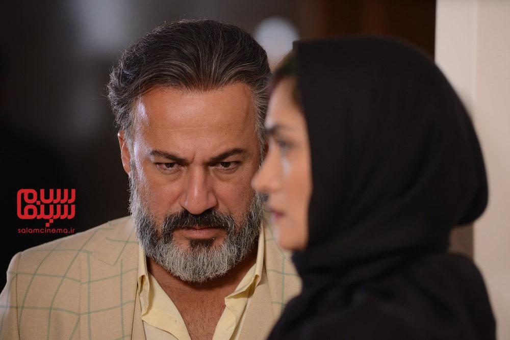 امیر آقایی در قسمت 4 سریال «رقص روی شیشه»