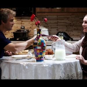 حسین یاری و ماه چهره خلیلی در فیلم «یادم تو را فراموش»