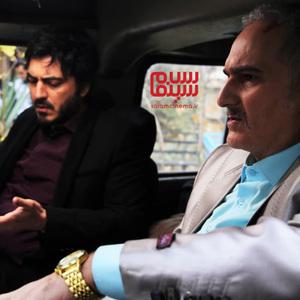 نیما شاهرخ شاهی و بیژن بنفشه خواه در سریال «دنگ و فنگ روزگار»